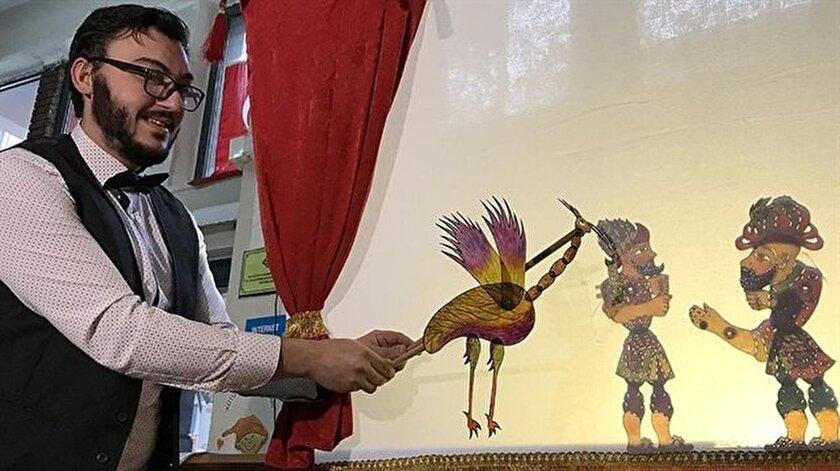 Gölge oyunları sanatçısı Taner Mücahit İnan'ın hedefi kültürümüzü dünyaya tanıtmak.