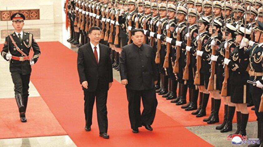Pyongyang'tan Pekin'e giden yüksek korumalı trenin içinde Kuzey Kore lideri Kim Jong-un çıktı.