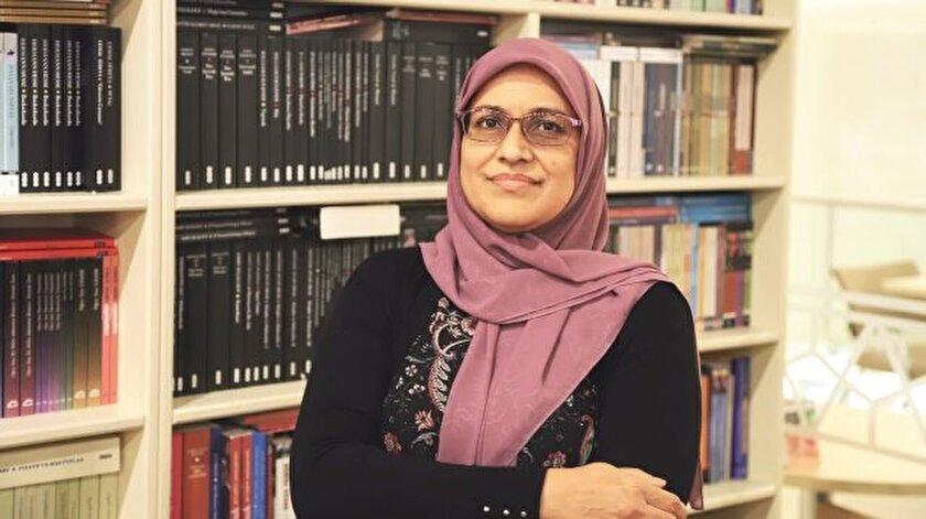 Pakistan asıllı Sufia Azmat, ABD'nin New Jersey eyaletinde İslami eğitim veren okullarda öğretmenlik yapıyor.