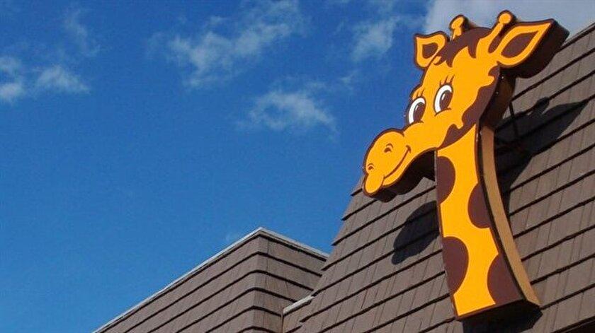 Şirketin maskotu zürafa Geoffrey