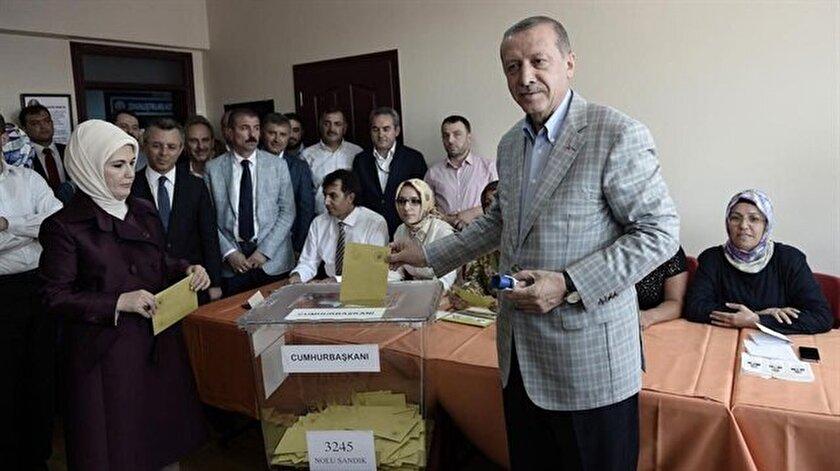 Cumhurbaşkanı Erdoğan oyunu Üsküdar'da kullandı.