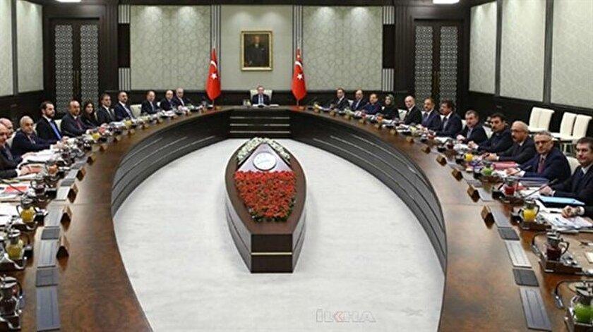 Cumhurbaşkanı Erdoğan yeni bakanlar kurulunu açıkladı.