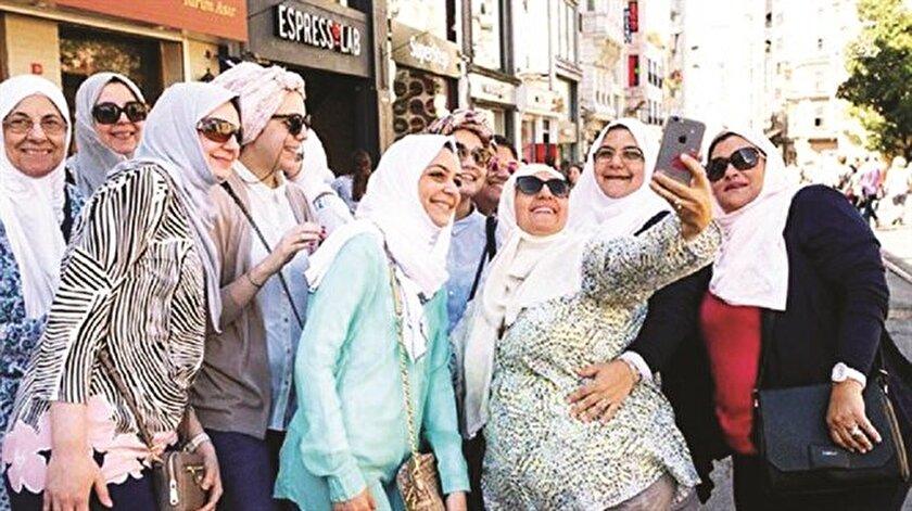 Arap modasının adresi Fatih oldu.