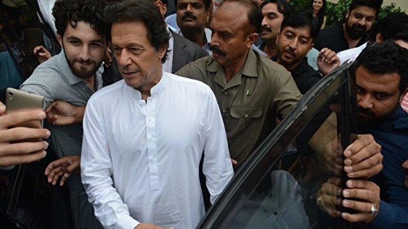 Pakistanın başbakanı İmran Han oldu