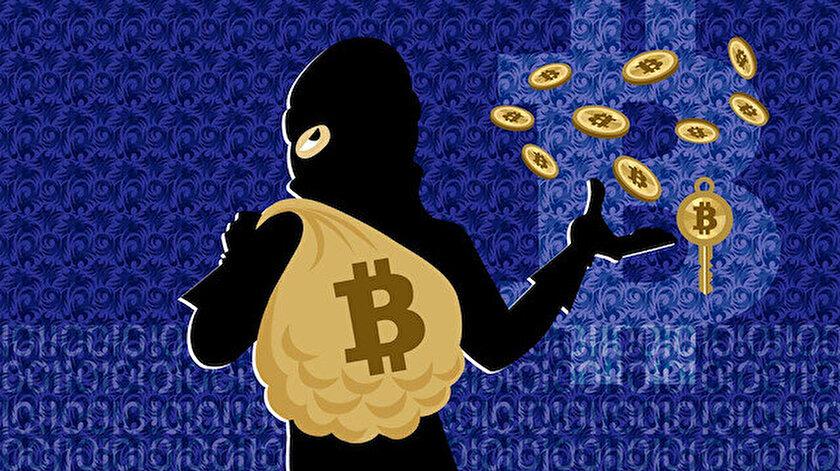 Söz konusu Hackerlar daha öncesinde de ünlülerin sahte hesapları üzerinden Bitcoin dolandırıcılı yapıyorlardı.