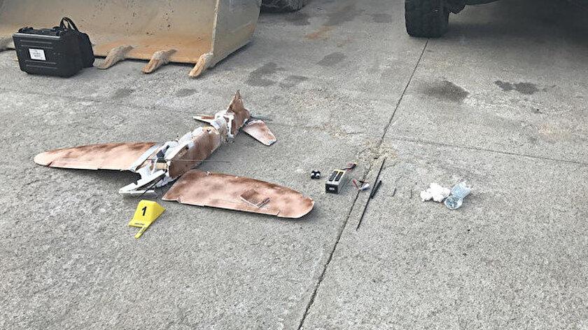 Teröristler daha önce de drone ve maket uçaklarla saldırmış ancak güvenlik güçleri uçan cisimleri düşürmüştü.