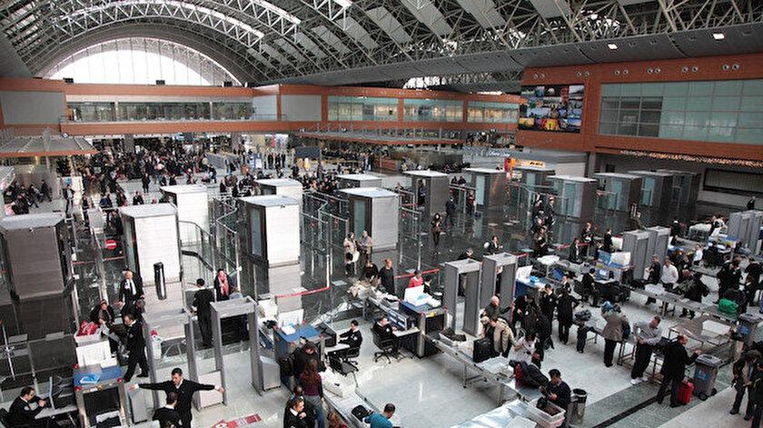 Kentteki üç havalimanında bu yılın ocak ayında misafir edilen yolcu sayısı 7 milyonu geçti.