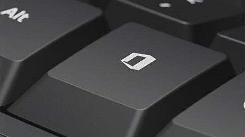Microsoft'un söz konusu hedefini  gerçekleştirebilmesi için donanım üreticilerinin Office tuşunu cihazlarına eklemesi gerekiyor.