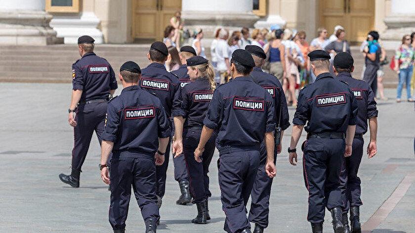 Rus polisi.
