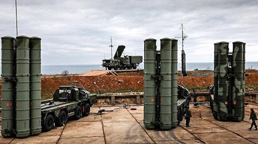 S-400 füze savunma sistemi.