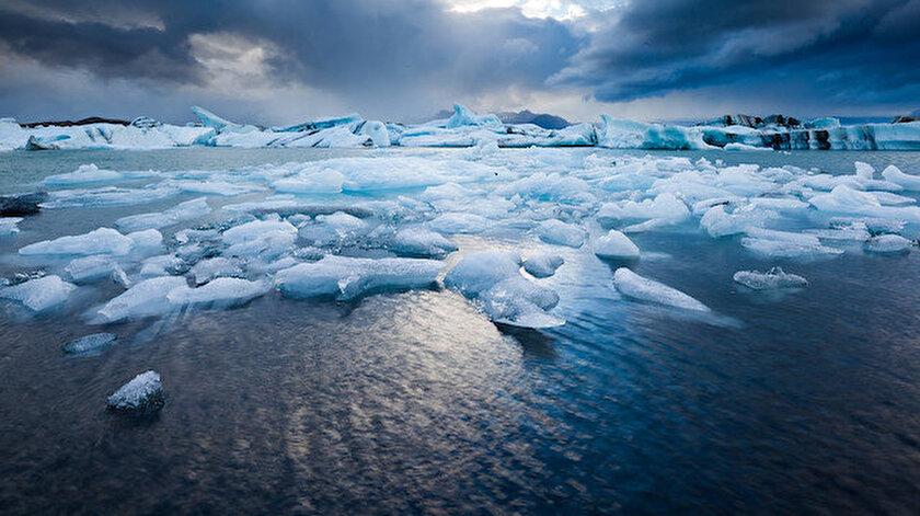 Son 40 yılda eriyen buzullar küresel iklim değişikliğini hızlandırıyor.