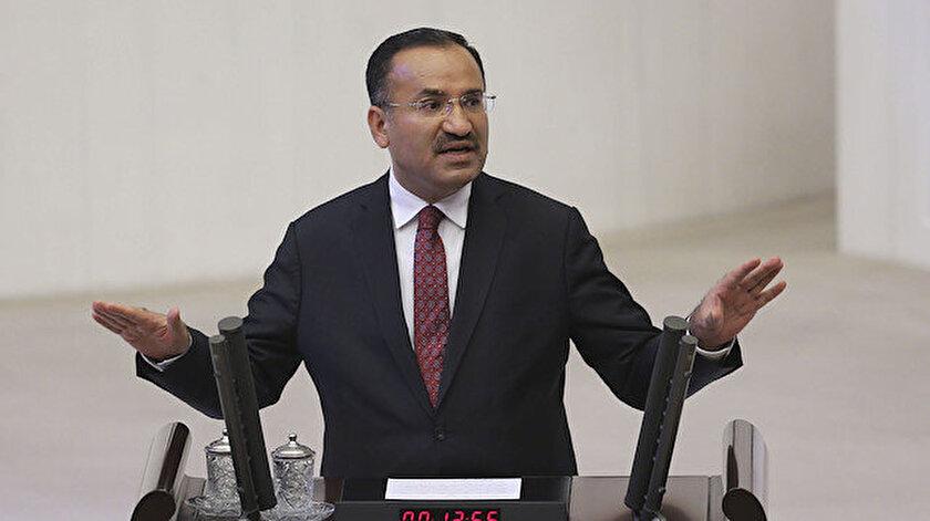 Bekir Bozdağ, FETÖ'cüler Meclis'i bombaladığı sırada Meclis Genel Kurulu'nda tarihi konuşmayı yapıyordu.