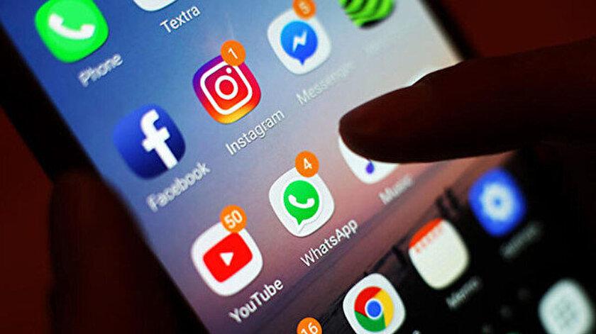 Facebook, WhatsApp ve Instagram logoları.