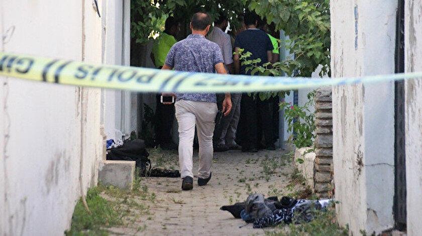 Polis ekipleri olay yerine gelerek incelemede bulundu.