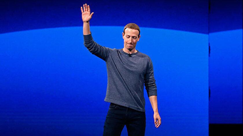 Facebook'un patronu Mark Zuckerberg'