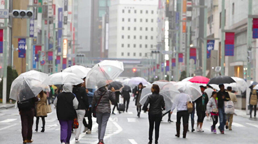 Bu yıl görülen dokuzuncu tayfun olan Lekima, Çarşamba günü süper tayfun kategorisine ulaştı.