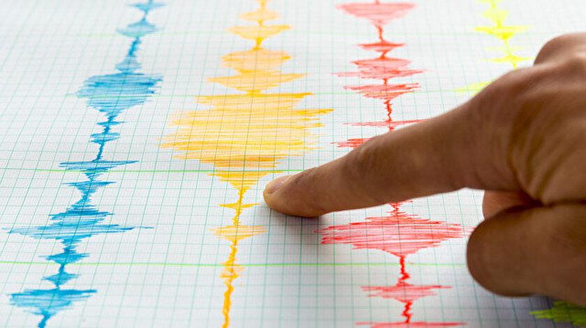 Depremin ardından yaşanan sarsıntının ortaya çıkardığı çizelge. Fotoğraf: Arşiv.