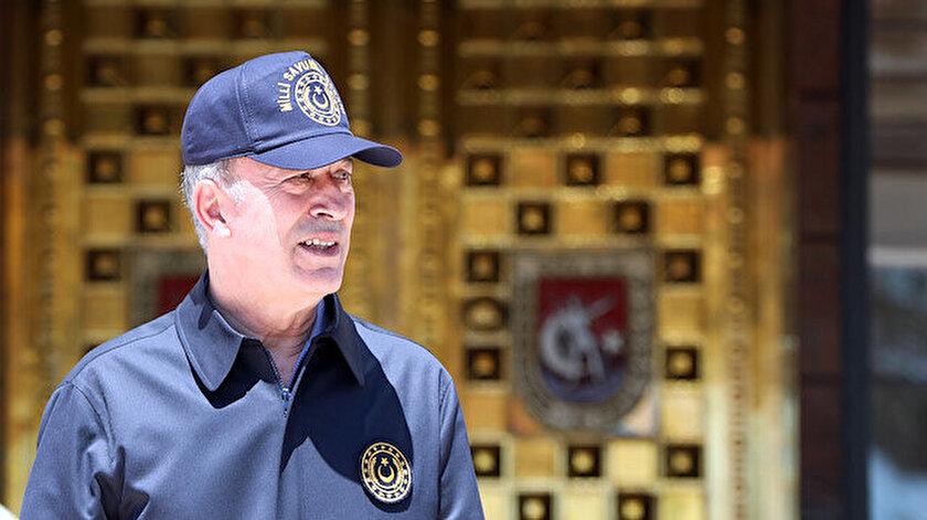 Milli Savunma Bakanı Hulusi Akar KKTC'de