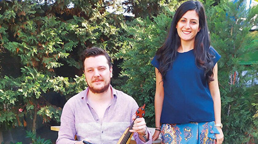 Ekin Uzunlar ile hem müziğini hem albüm hazırlıklarını konuştuk.