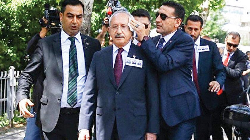 Kemal Kılıçdaroğlu (ortada)