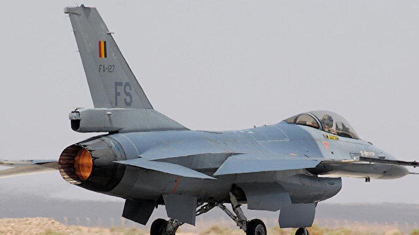 Fransada Belçikaya ait savaş uçağı düştü