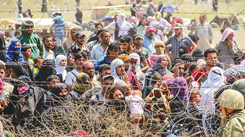 750 bin Kürt YPG'den kaçtı