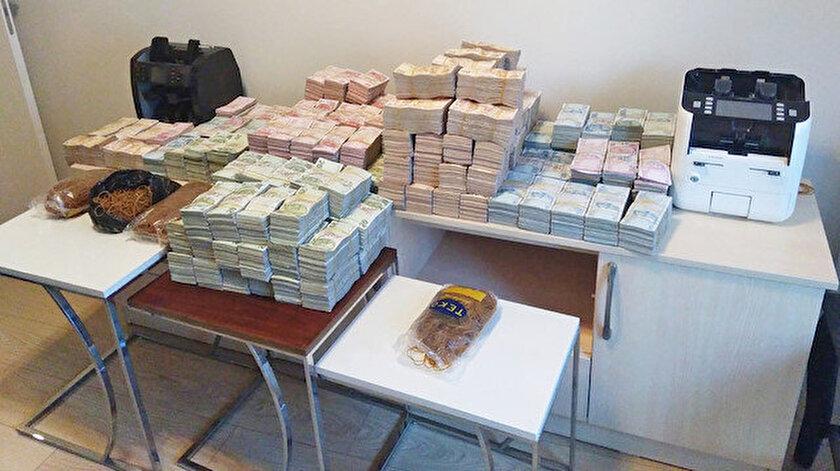 Operasyon sonucunda 3 milyon 200 bin lira para ele geçirildi.