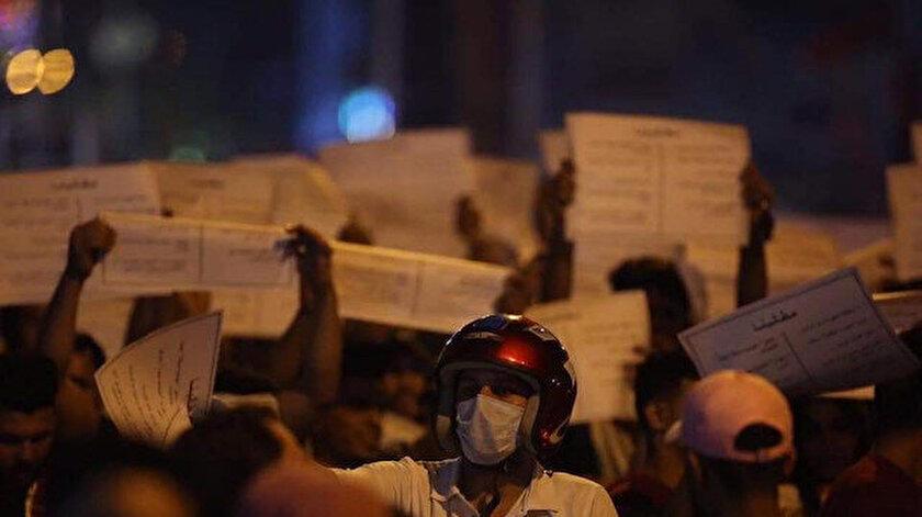 Irak'ta protestocular yönetim sisteminin değişmesini istiyor