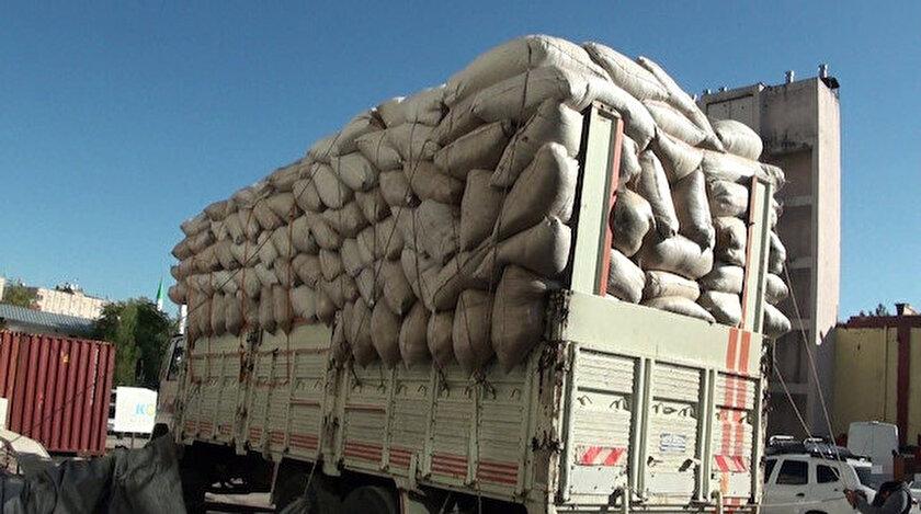 Lice ve Çermik ilçelerinde yapılan 3 ayrı operasyonda toplamda 489 kilo 250 gram esrar ele geçirildi.