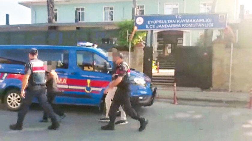 Yakalanan 2 şahıs, tutuklanarak cezaevine gönderildi.