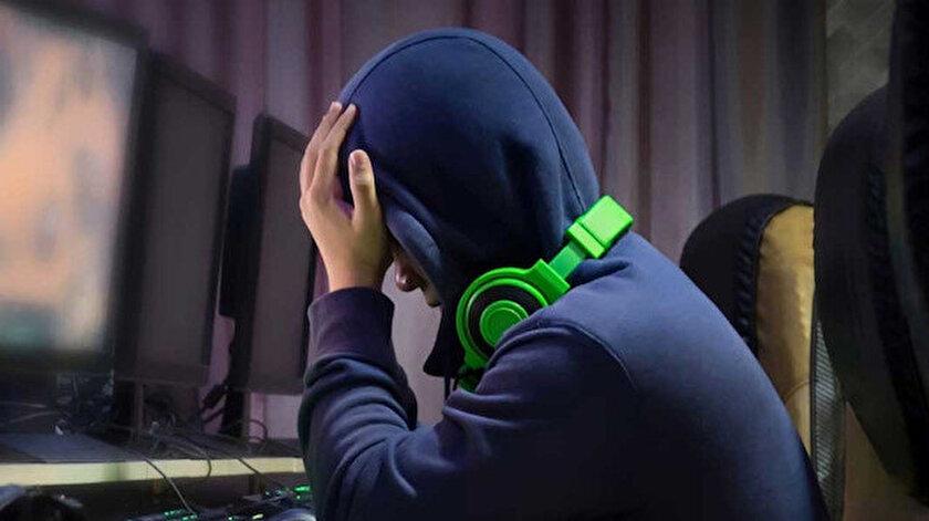 Mobil oyunların hayatımıza giriş yapmasıyla, gençler arasında oyun bağımlılığında büyük artış yaşandı.
