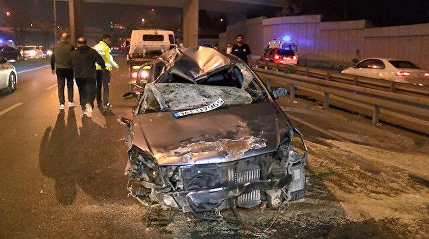 Vatan Caddesi'nde kaza yapan araç hurdaya döndü