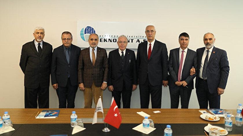 Cumhurbaşkanı Başdanışmanı Yalçın Topçu'dan Hacettepe Üniversitesi Teknokente ziyaret