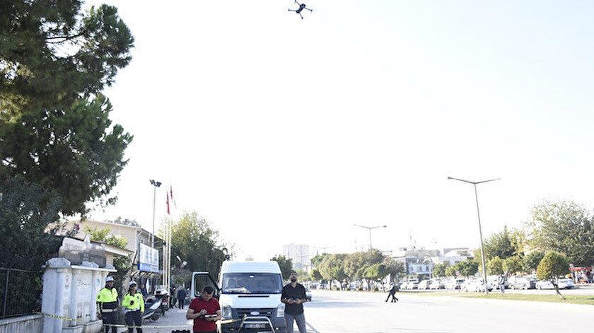 Kural ihlali yapan sürücüler, drone ile tespit edilerek yerdeki ekiplere bildirildi.