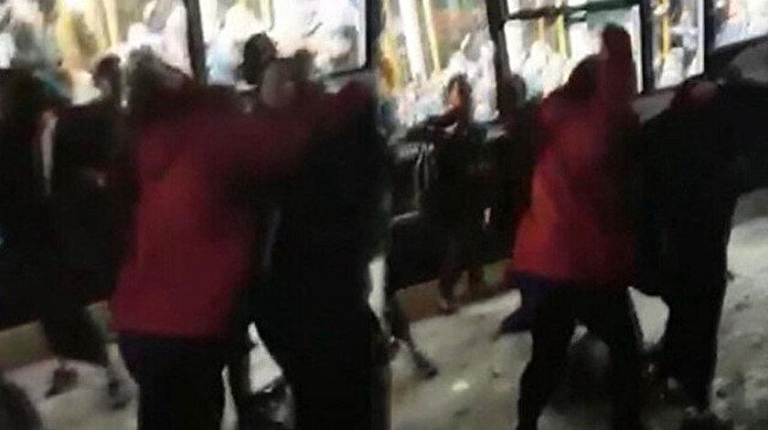 Müslüman bir kıza, ırkçı bir çift saldırıp yumruklamıştı.