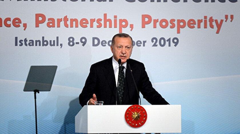 """Erdoğan, """"Barış, Ortaklık, Refah"""" temasıyla düzenlenen Asya'nın Kalbi İstanbul Süreci 8. Bakanlar Konferansı'ndaki konuşmasında, konferansın ülkeler için hayırlara vesile olması temennisinde bulundu."""