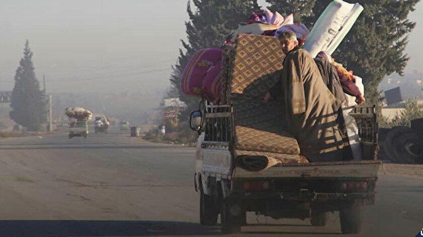 İdlib'den yola çıkan siviller