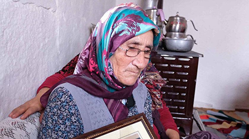 Necati Keleş'in annesi Ayşe Keleş.