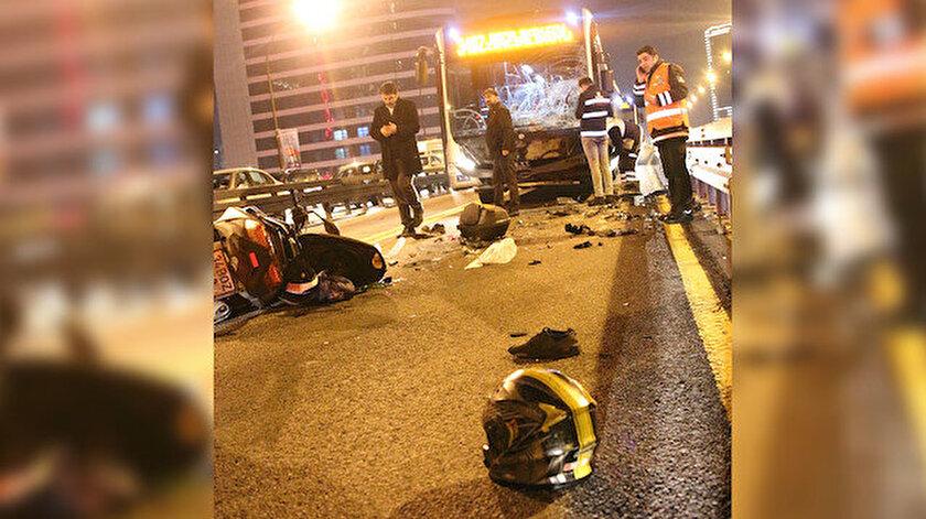 Kazada motosiklet sürücüsü hayatını kaybetti.