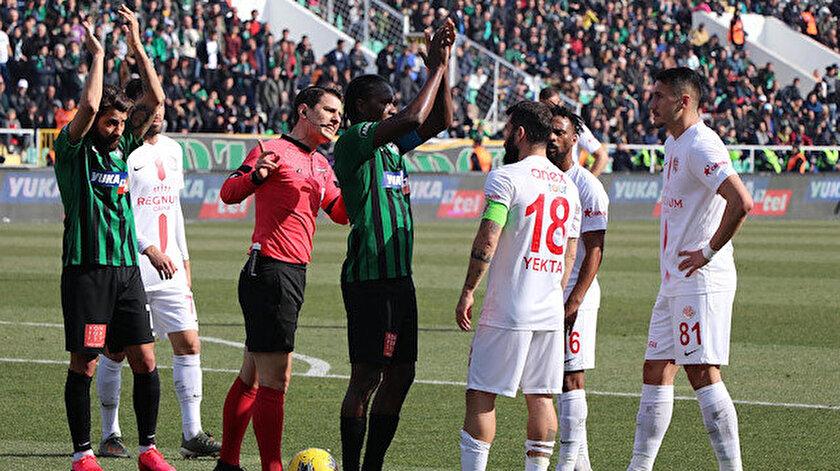 Antalyasporlu futbolculardan fair-playe aday hareket