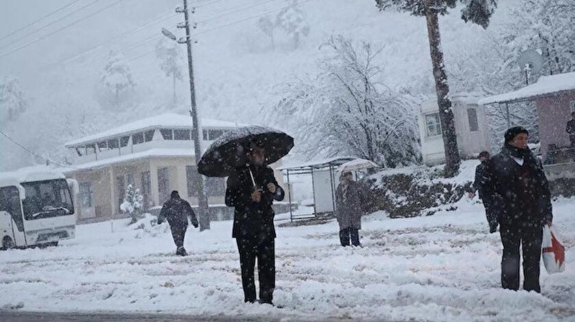 Meteorolojiden yağmur ve kar uyarısı ile ilgili görsel sonucu