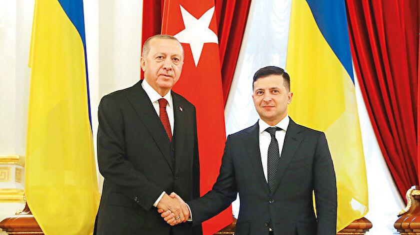 Erdoğan, Kiev'de Ukrayna Devlet Başkanı Vladimir Zelenskiy ile biraraya geldi.