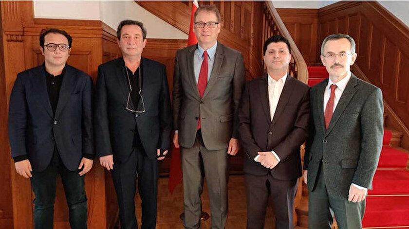 IAS yöneticileri ve Bern Büyükelçisi Saygılı