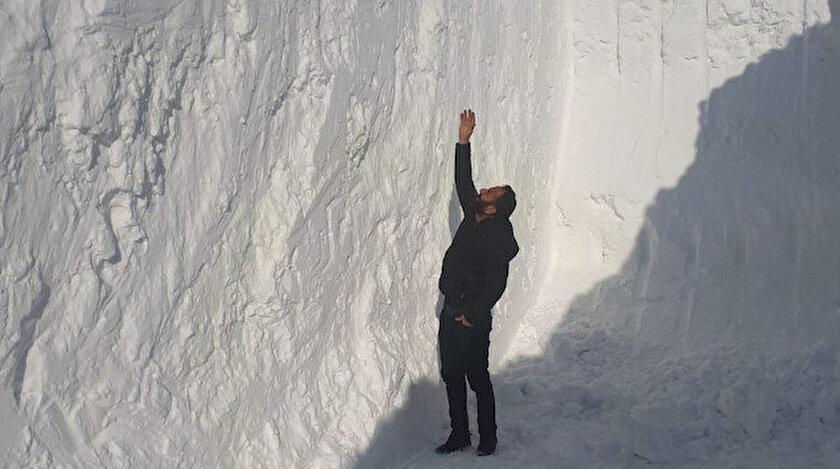 Yüksekova'da kar kalınlığı 6 metreyi aştı.