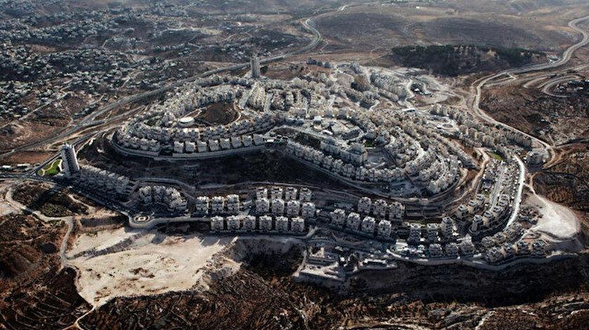 İsrail, işgal ettiği Filistin topraklarında Yahudi yerleşim birimleri kuruyor.