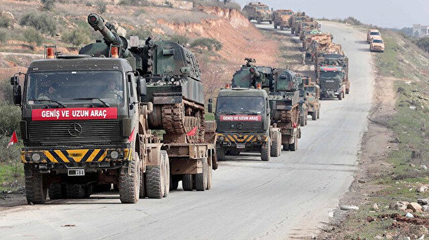 Askeri araç konvoyu.