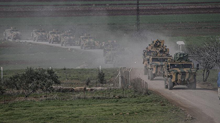 Komandolar ve askeri araçlar sınır birliklerine gönderildi.