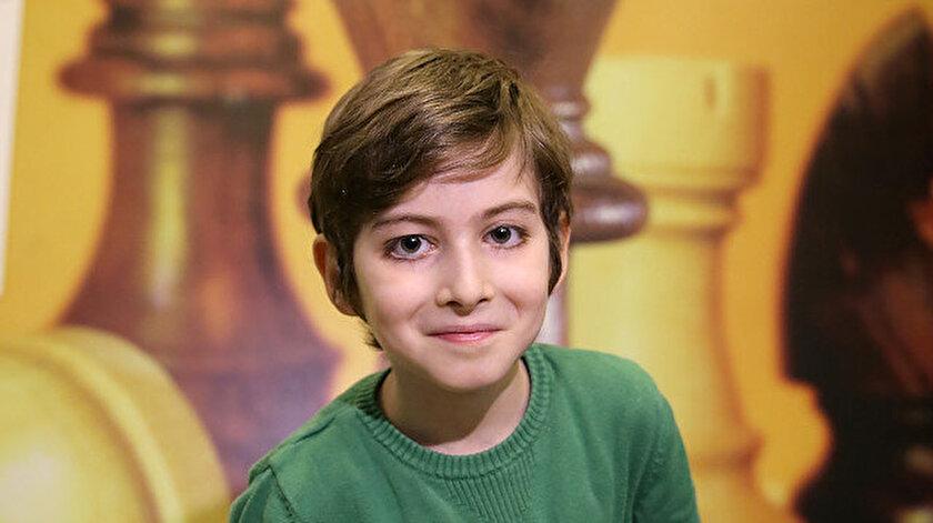 10 yaşındaki Atakan, psikolog olmak istiyor.