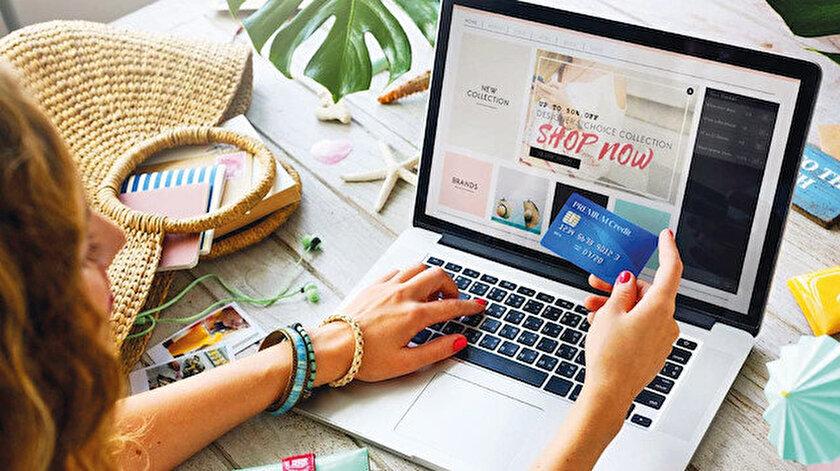 İnternette ikinci el ürünlerdeki indirimli fiyatlar sayesinde artık her marka her müşteri için  ulaşılabilir oldu.