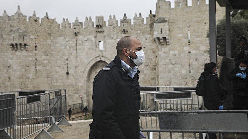 Batı Kudüs'te dün 88 yaşındaki bir kişinin hayatını kaybetmesiyle ülkede Kovid-19 nedeniyle ilk ölüm kaydedilmişti.